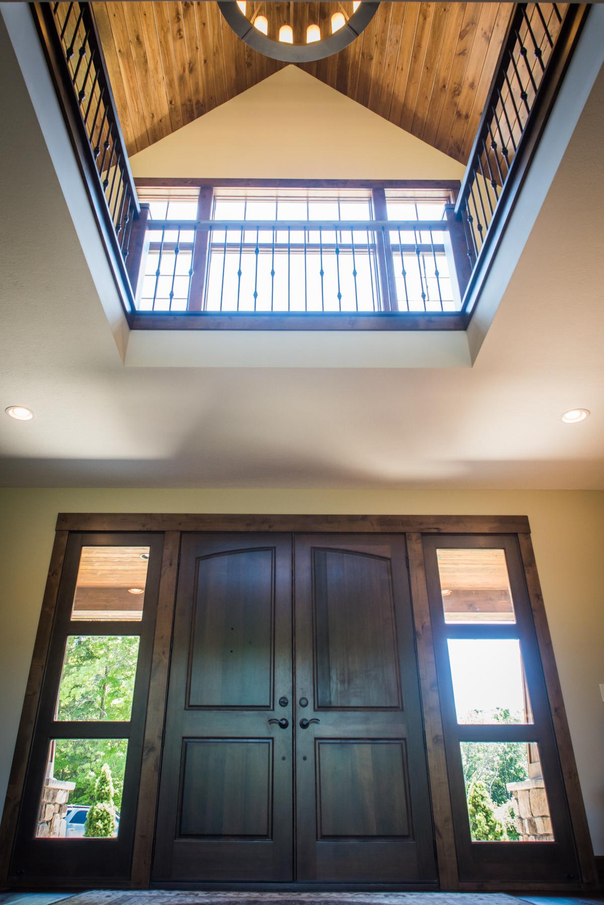 Rustic Lake House Interiors: Rustic Lake House Interior Design & Furnishings